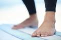 Goofy foot ou regular en surf : comment savoir quel pied mettre devant ?