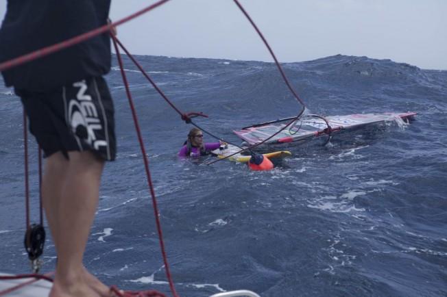 Sarah Hébert abandonne sa traversée de l'Atlantique pour raisons médicales