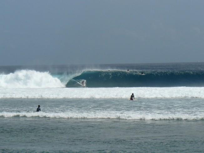 Desert Point – Lombok : une gauche tubulaire en Indonésie