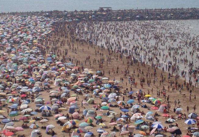 Eaux de Baignade : en été, la Pollution c'est Nous !