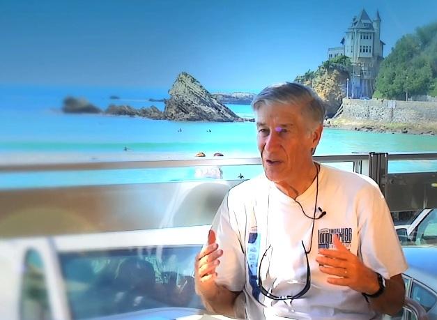 Joël de Rosnay conseille aux politiques de surfer autrement