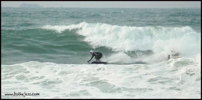 Les Surfeurs de plus en plus nombreux à se couvrir la tête en hiver