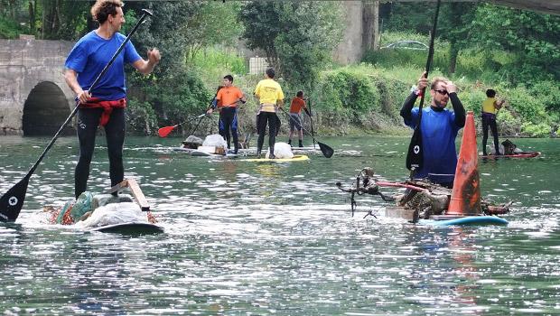 Une Course de Stand-Up Paddle pour nettoyer la Rivière Urumea