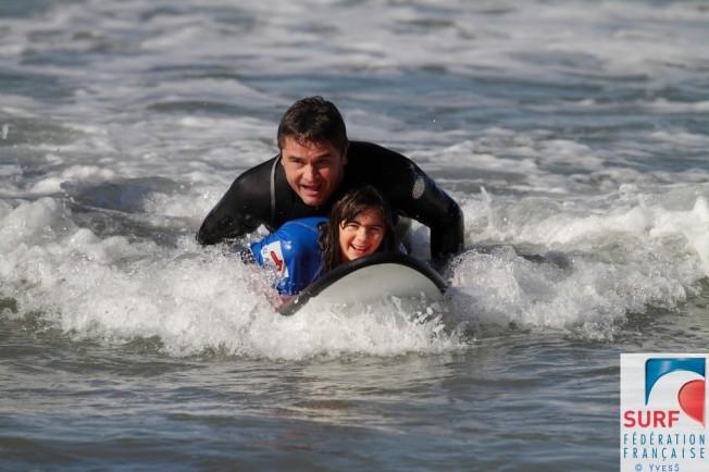 Donner Accès au Surf à un Public Handicapé