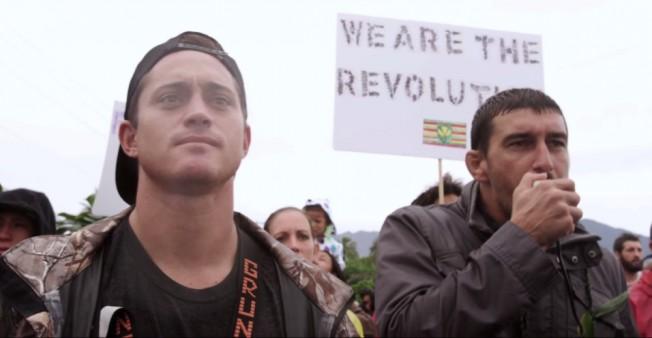 Manifestation des Surfeurs contre les OGM à Hawaii