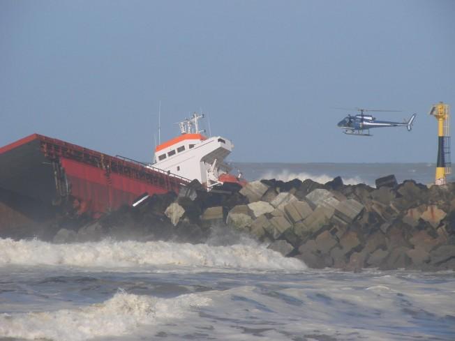 Cargo Luno échoué à Anglet: un sauvetage spectaculaire !