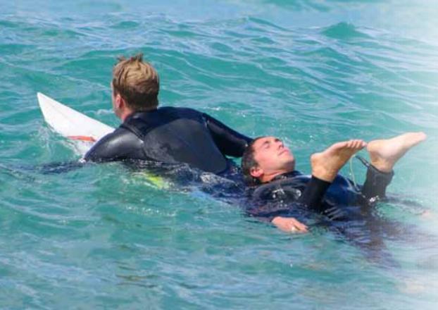 Une Formation aux Premiers Secours pour chaque Surfeur