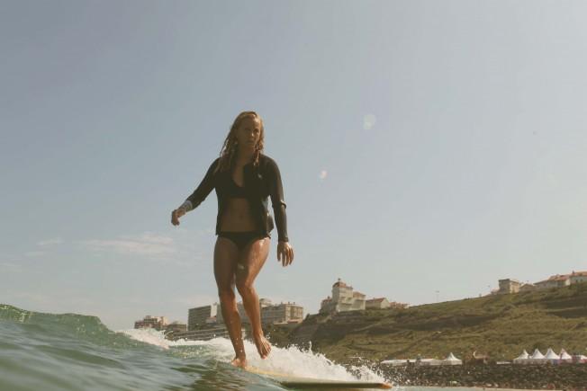 Une Surfeuse verbalisée à Biarritz pour Non-Port du Leash