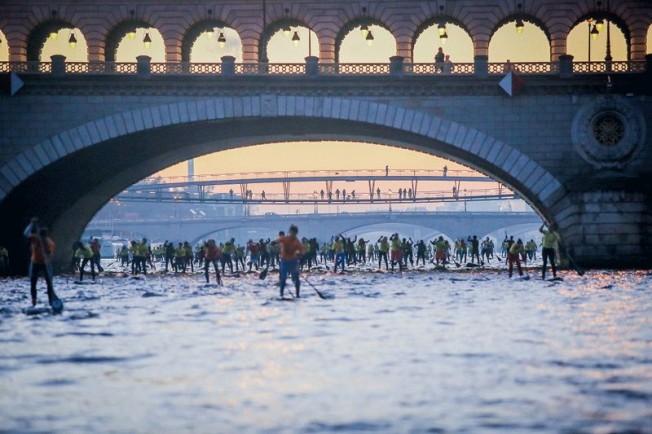 Traversée de la Seine en SUP : les Précautions Sanitaires