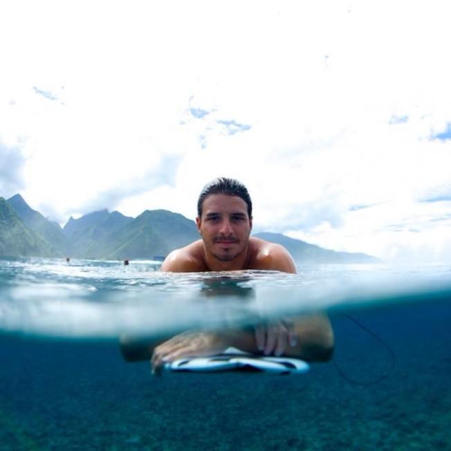 Surfer mort