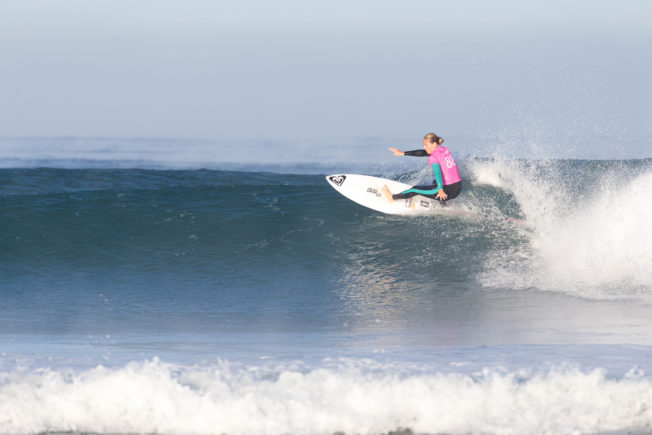 Stephanie Gilmore lors du Roxy Pro France 2017